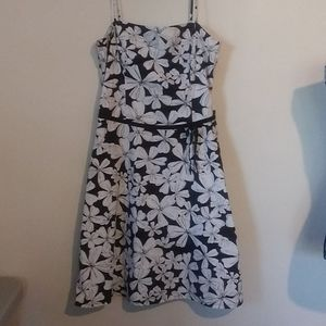 New York & Co black and white floral dress